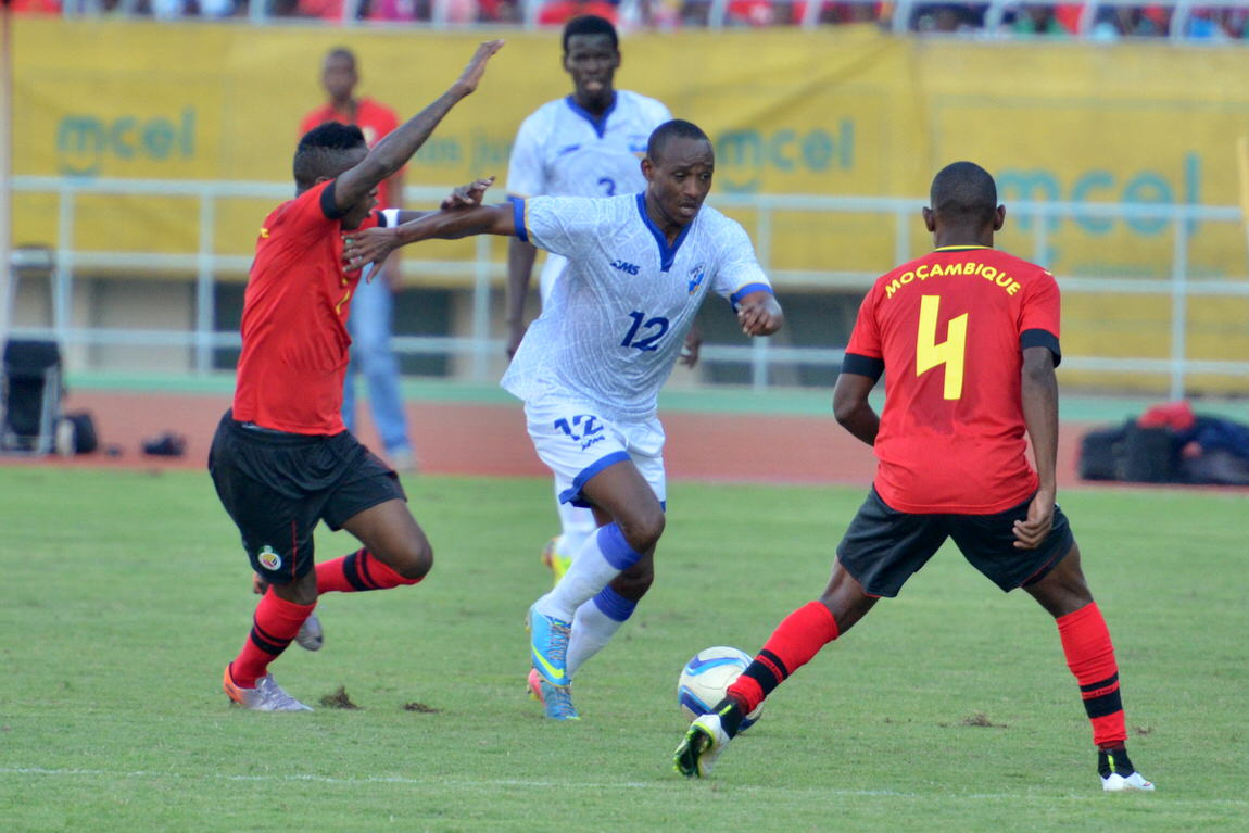 [Rwanda Amavubi v Mozambique 14 June 2015 (Pic © Darren McKinstry / www.johnnymckinstry.com)]