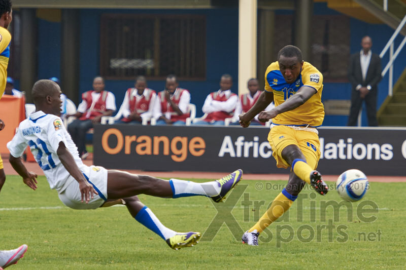 Sugira strikes to claim his second goal! [Rwanda vs Gabon, CHAN - Group A, 20 Jan 2016 in Kigali, Rwanda.  Photo © Darren McKinstry 2016, www.XtraTimeSports.net]